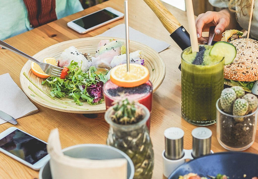 How to Use Influencer Marketing to Increase Food & Drink Sales