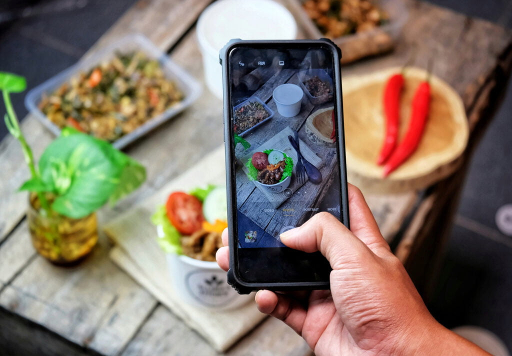 How to Start a Food Business Online